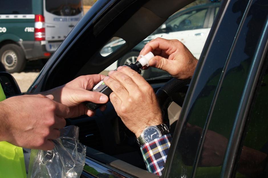 Policja zatrzymała radnego PiS podejrzewanego o kierowanie pojazdem pod wpływem alkoholu