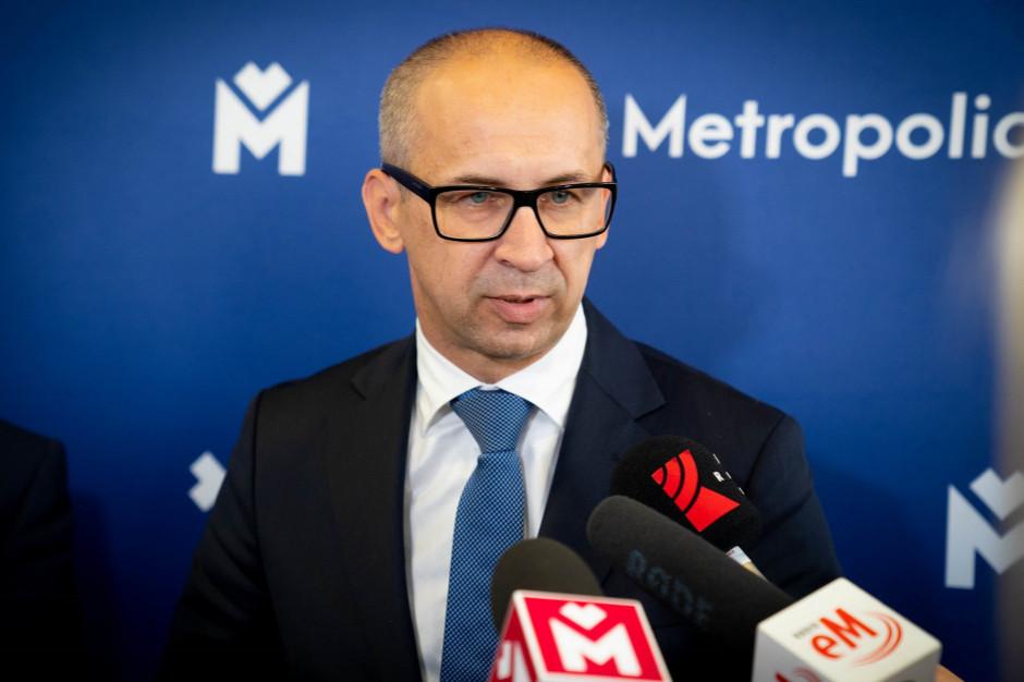 Kazimierz Karolczak: marszałek uzależnia współpracę od finansowania kolei przez miasta