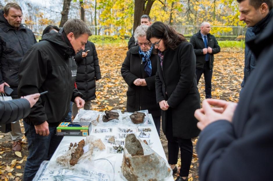 Prezydent Aleksandra Dulkiewicz o odkryciach na Westerplatte: Wracam poruszona