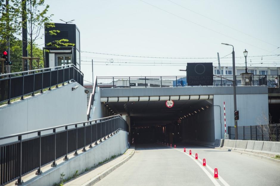 Tunel pod Forum Gdańsk już po remoncie, ale przejazd dla samochodów na razie niemożliwy