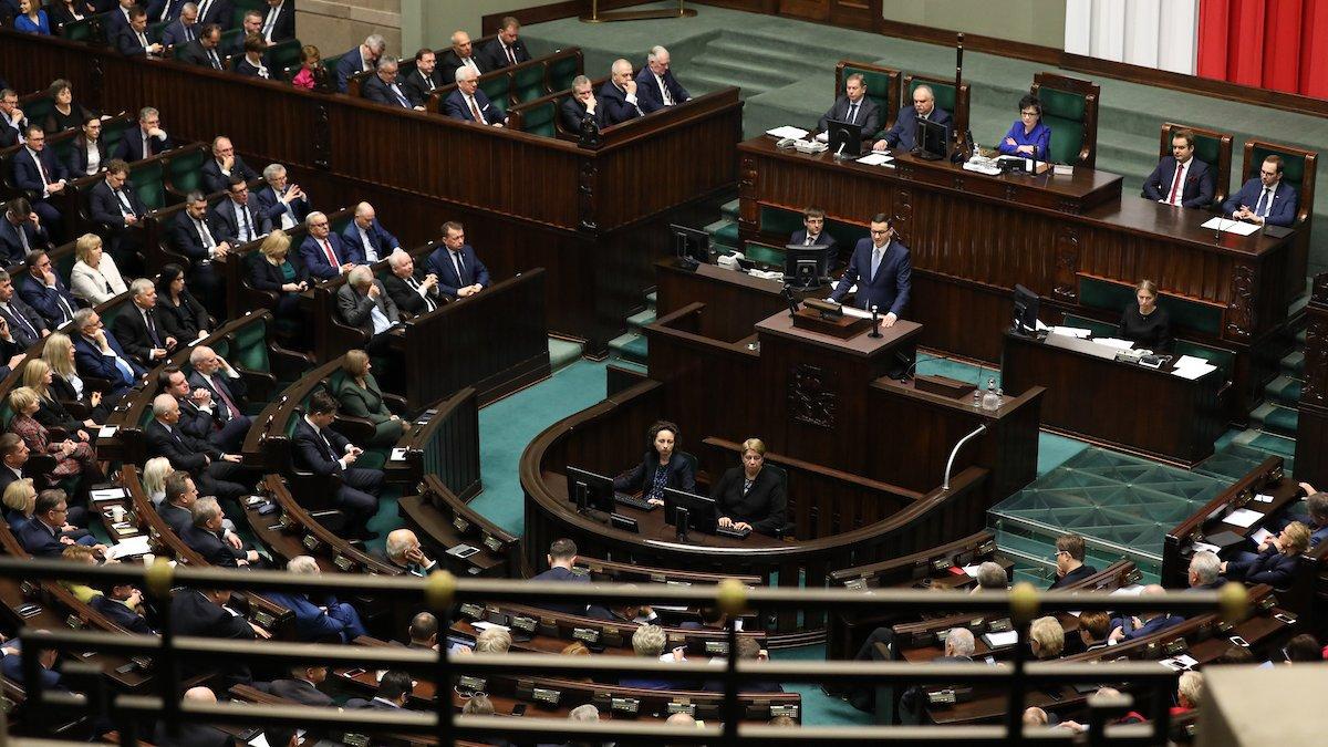 W expose premier Mateusz Morawiecki zapowiedział, że nauczyciele dostaną kolejną podwyżkę - od 1 września 2020 r.