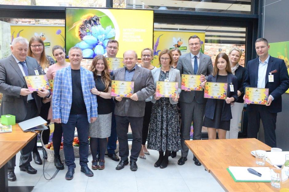 Prawie 270 gmin przyjaznych pszczołom