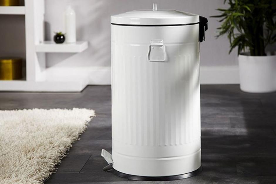 Czy naliczanie opłaty za odpady na podstawie wielkości mieszkania jest sprawiedliwe?