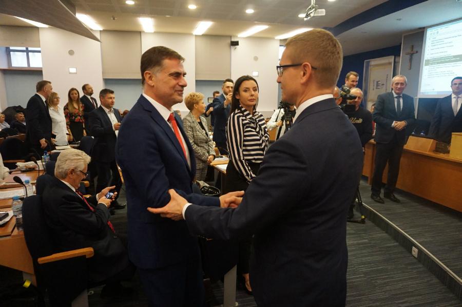 Zbigniew Niesmaczny po wyborze (z lewej) (Fot. Mat. prasowe)