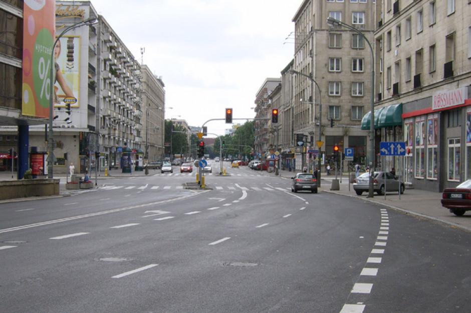 Apele mieszkańców wysłuchane. Ulica Krucza w Warszawie zostanie zwężona