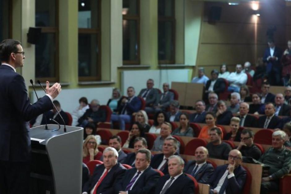 Wojewoda uchylił decyzję radnych. Premier Morawiecki zadowolony