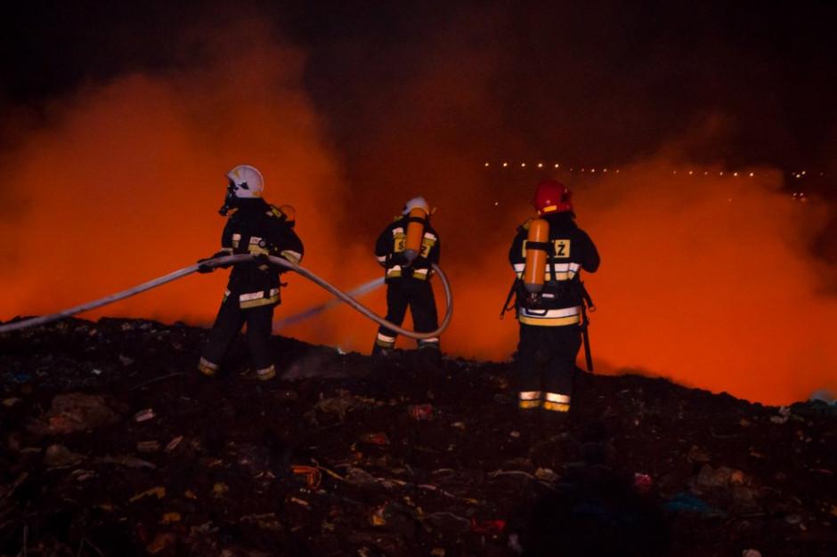 Pożary składowisk i międzynarodowy handel odpadami w 2018 roku. Zobacz raport GUS