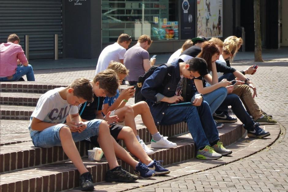WHO: Większość nastolatków nie ćwiczy nawet godziny dziennie