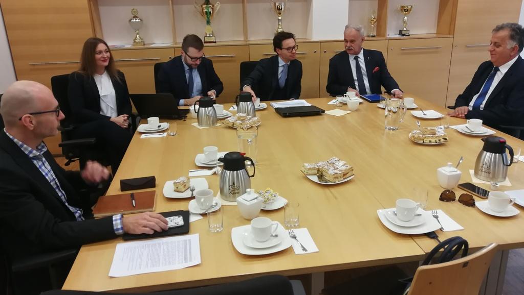 O propozycji resortu środowiska dyskutowano podczas spotkania w opolskim urzędzie marszałkowskim (fot. UMWO)