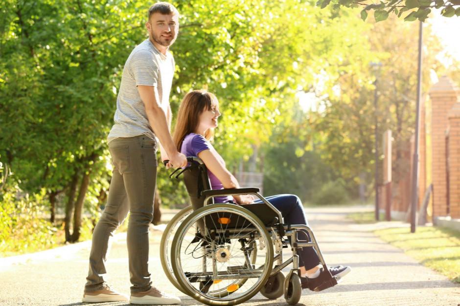 Osoby z niepełnosprawnościami chcą miejskiego pełnomocnika