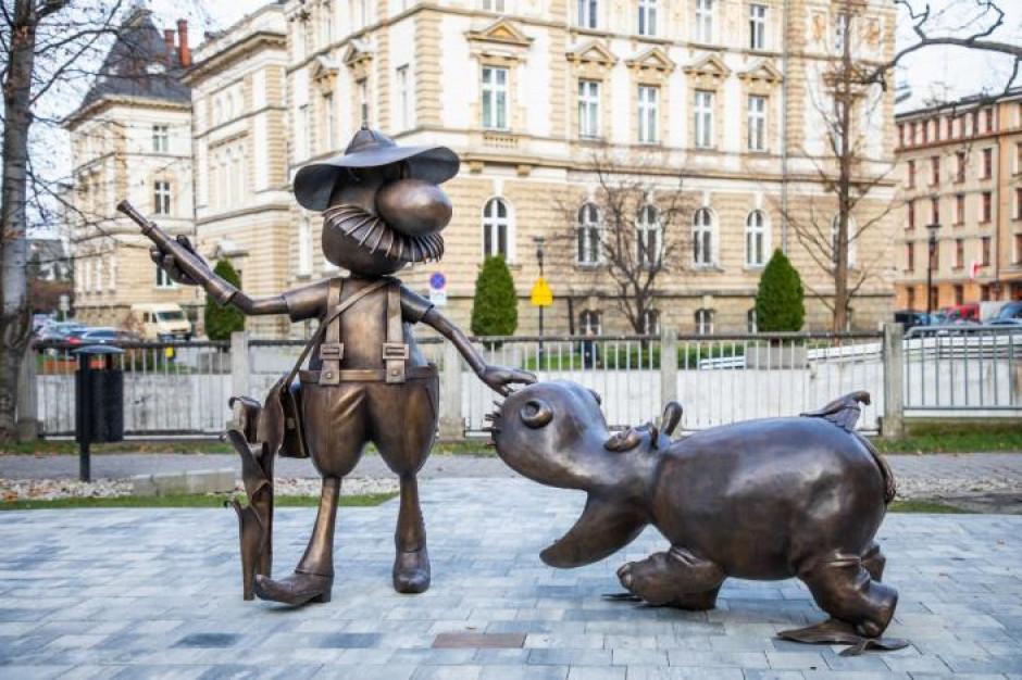 Pomnik Pampaliniego w Bielsku-Białej cieszy już najmłodszych i nie tylko