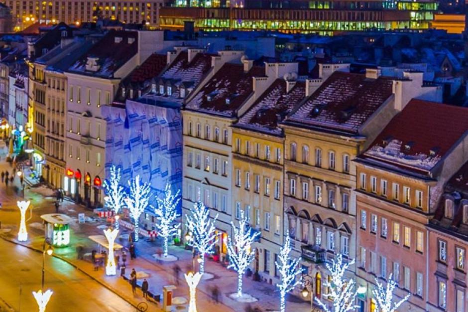 W stolicy rozbłysła świąteczna iluminacja