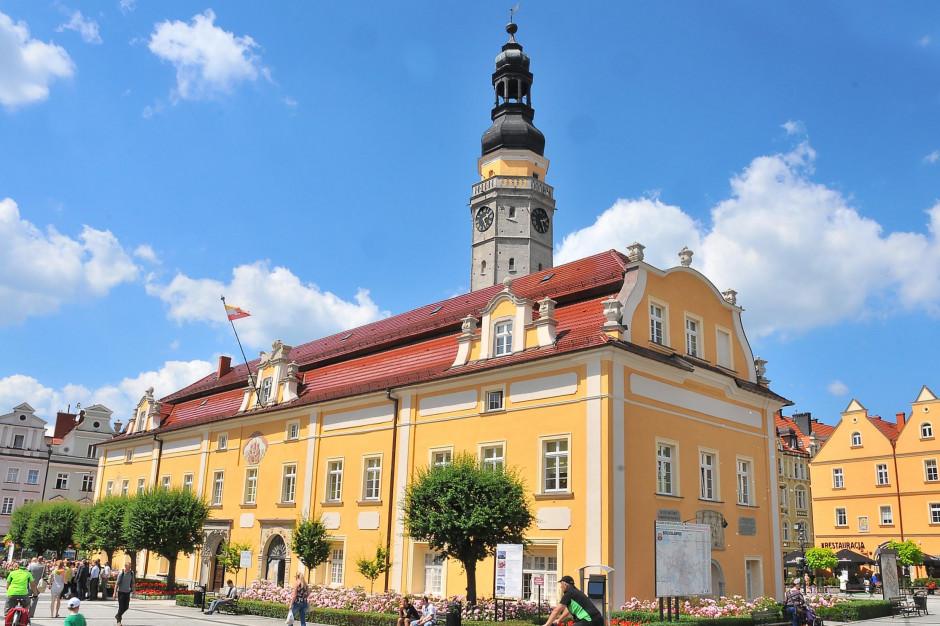 Bolesławiec i Lądek-Zdrój chcą wstąpić do Związku Miast Polskich