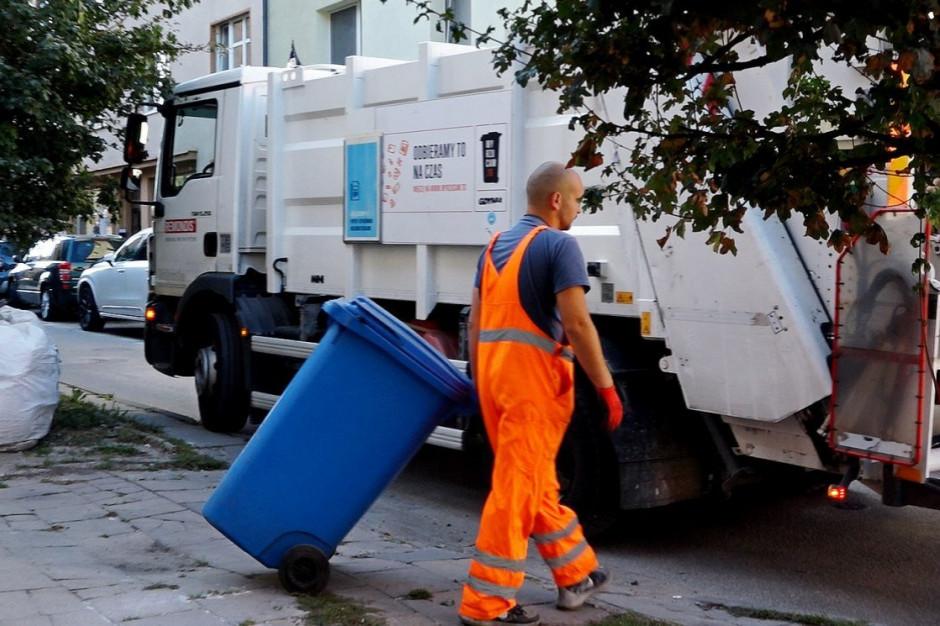 Gdyńscy radni wezwani do usunięcia naruszenia prawa. Chodzi o ceny za śmieci