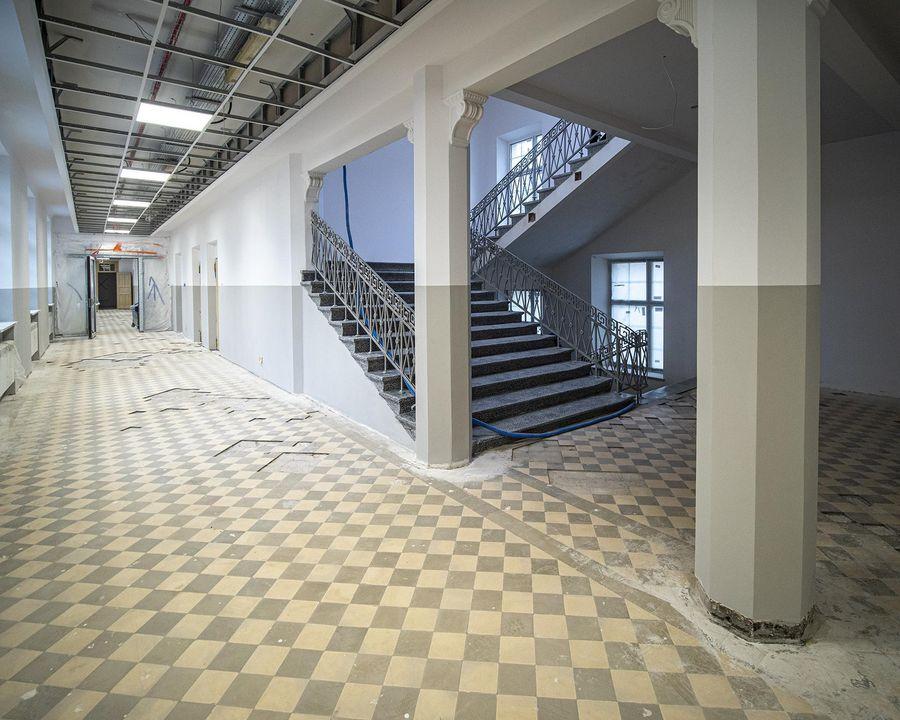 Pomieszczenia wewnątrz szkoły zostaną nieznacznie przebudowane (fot. uml.lodz.pl)