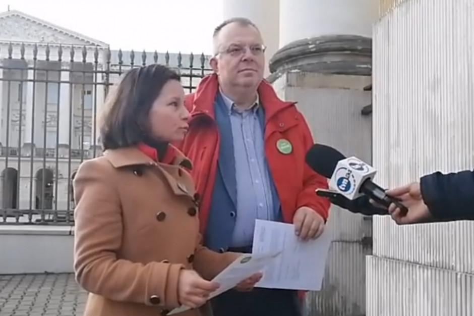Zieloni apelują o przyjecie celu osiągnięcia neutralności klimatycznej na poziomie samorządowym