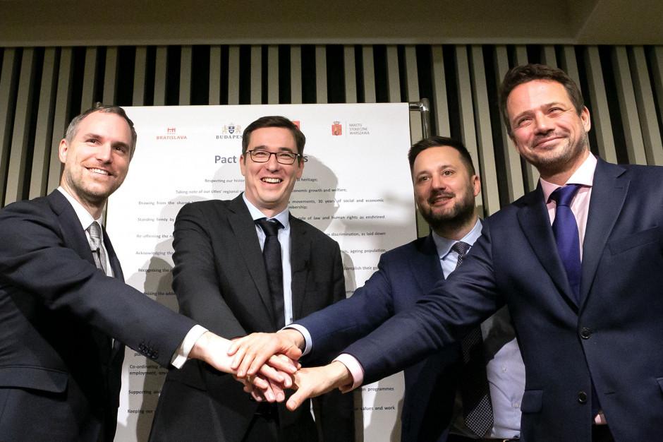 Pakt Wolnych Miast podpisany. Władze Warszawy, Budapesztu, Pragi i Bratysławy łączą siły