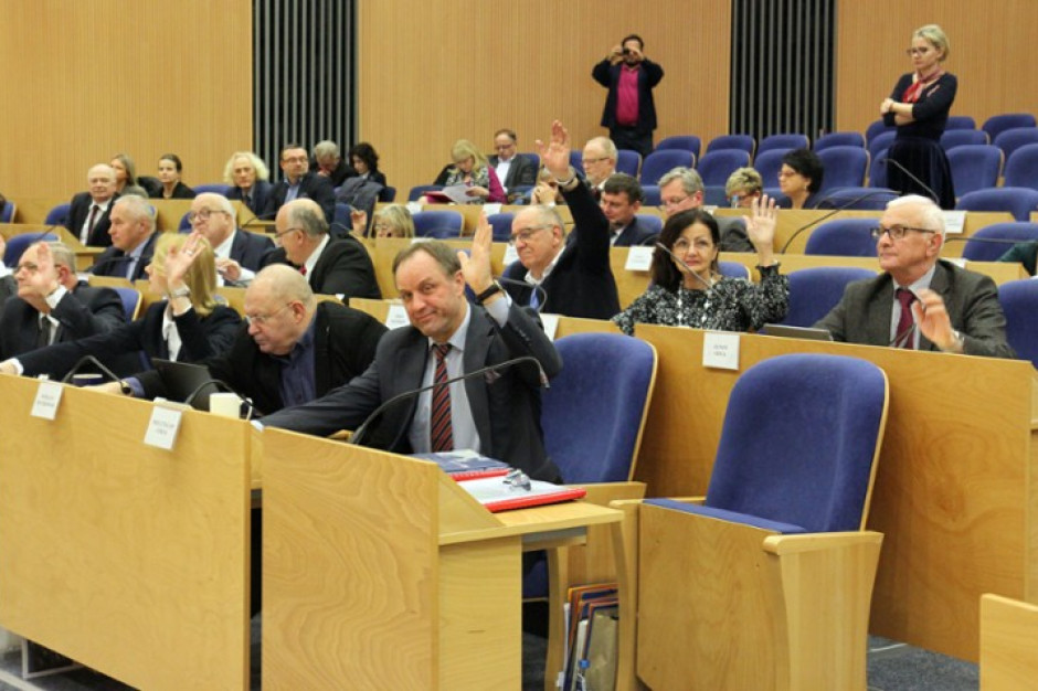 Ponad miliard złotych do wydania. Pomorscy Radni przyjęli budżet województwa na 2020 rok