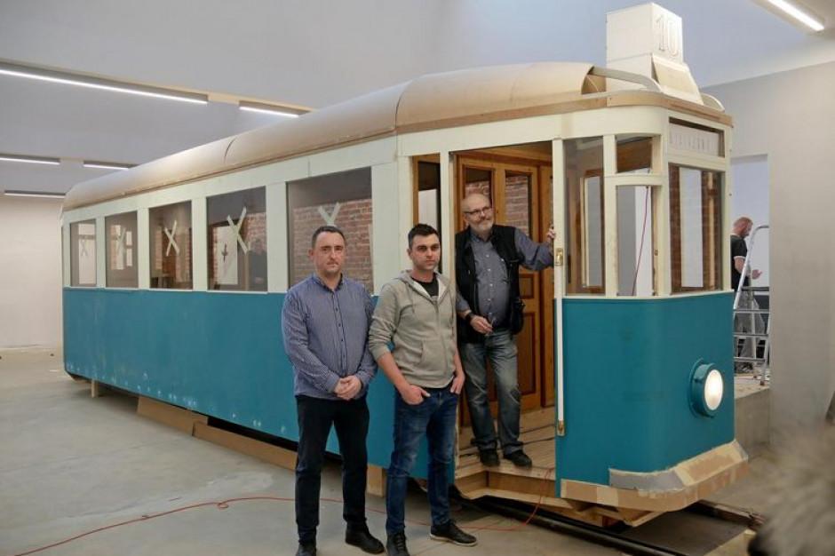 W Łodzi powstaje replika tramwaju Lilpop