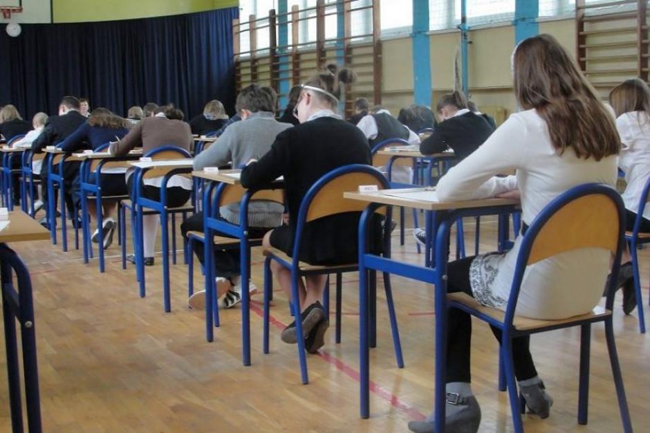 System egzaminów zewnętrznych wciąż szwankuje. NIK najgorzej ocenił banki zadań i e-ocenianie