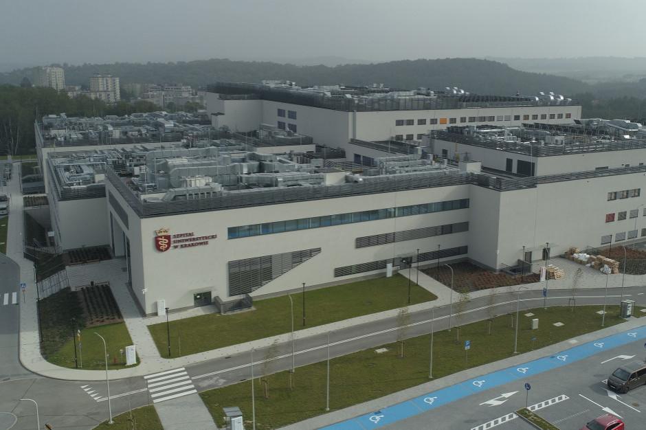 Szpital Uniwersytecki w Krakowie wznowił przeprowadzkę