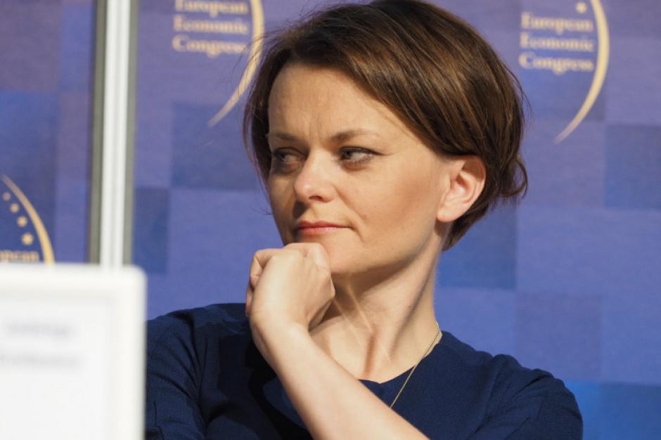 Jadwiga Emilewicz: Budżety gmin nie maleją - samorządowcy, bądźcie uczciwi!
