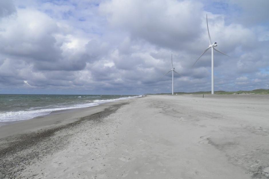 Nad morzem staną nowe farmy wiatrowe