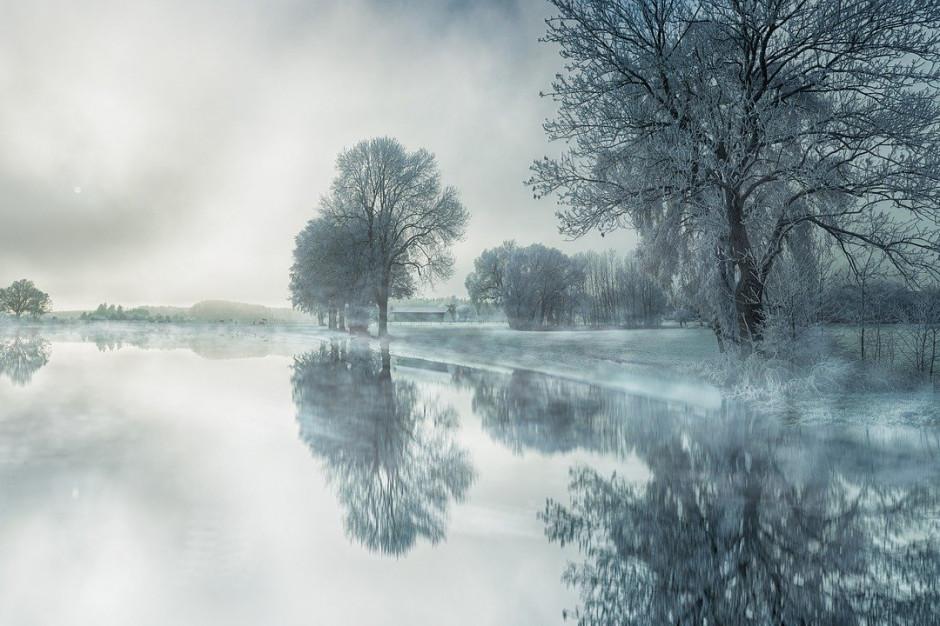 IMGW ostrzega przed gęstą mgłą w Małopolsce