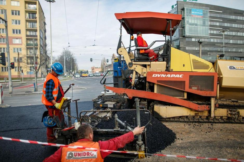 Łódź: Ponad pół miliarda na rewitalizację kamienic, budowę dróg i chodników
