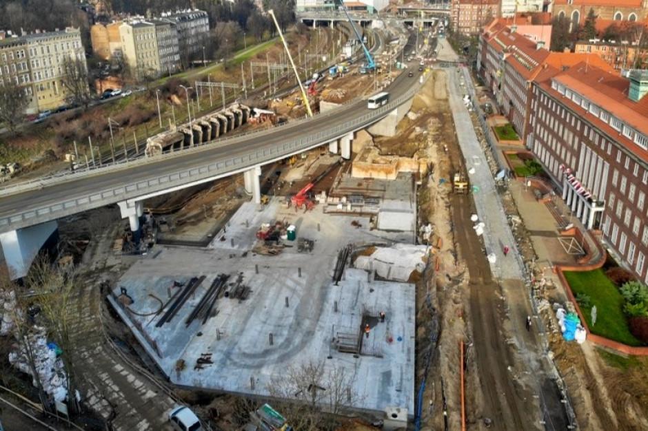 Stary wiadukt znika z krajobrazu Gdańska