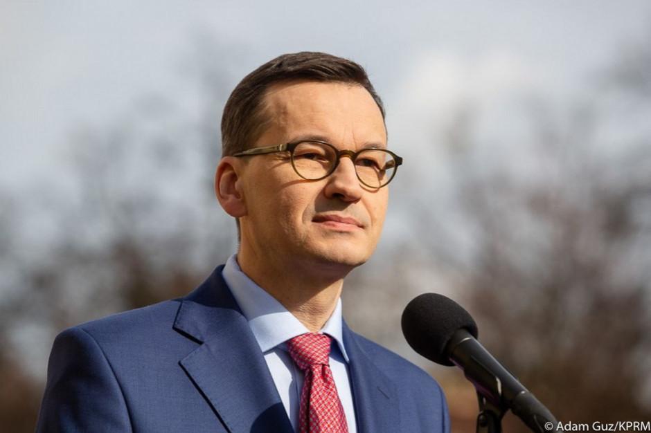 """Morawiecki: Urzędnicy są """"funkcjonariuszami"""" społeczeństwa, miasta i państwa polskiego"""