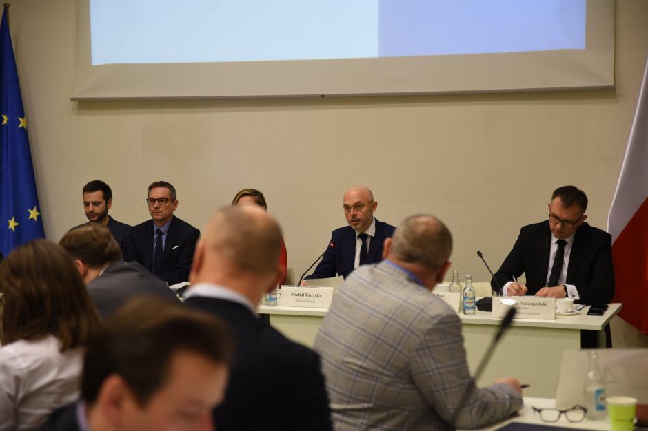 Samorządowcy z obawami w sprawie rozszerzonej odpowiedzialności producentów