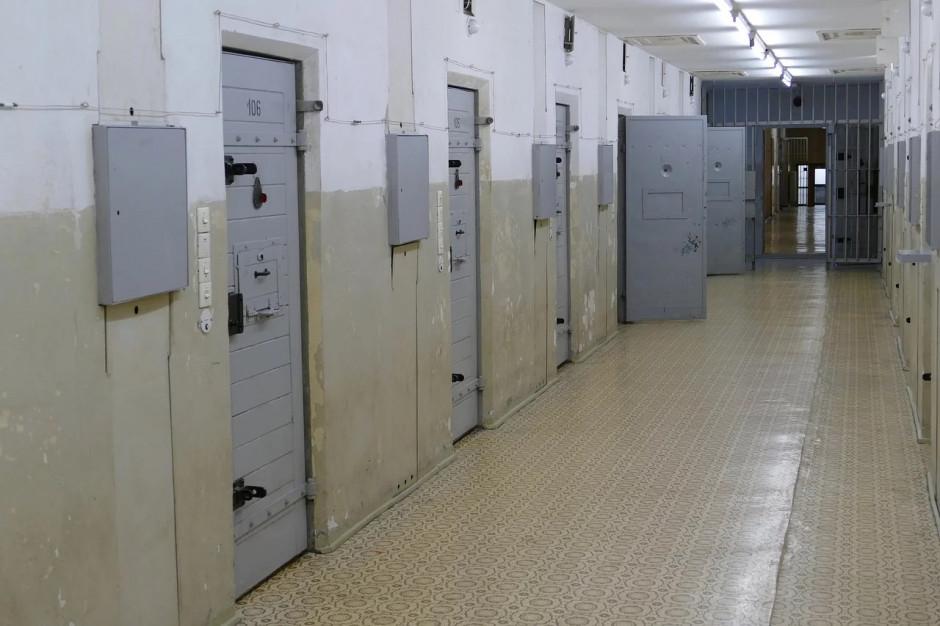 Burmistrz Szprotawy posiedzi w areszcie dłużej