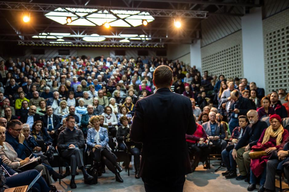 Prezydent Warszawy rozpoczął cykl spotkań  z mieszkańcami