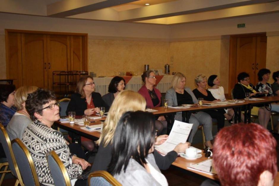 O finansowaniu oświaty podczas Kobiecego Forum Samorządowego 2020