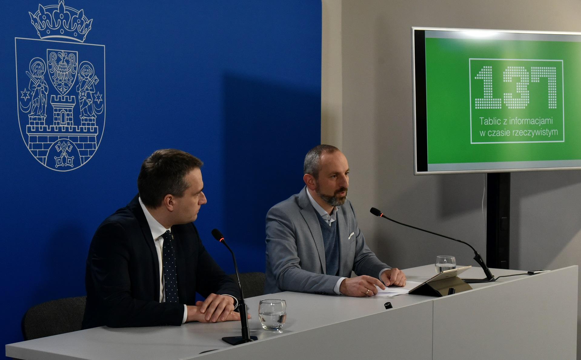 Zarząd Transportu Miejskiego podpisał umowę na dostawę i montaż 20 tablic, planowane jest przeprowadzenie i rozstrzygnięcie postępowania na dostawę i montaż kolejnych 20 tablic (fot. poznan.pl)