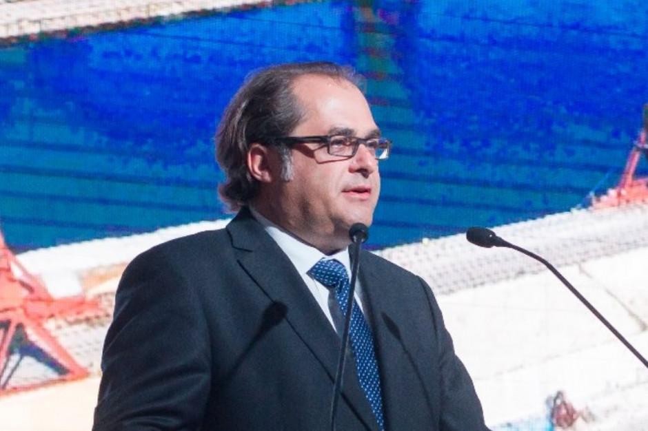 Minister apeluje do samorządów o obniżenie opłat portowych