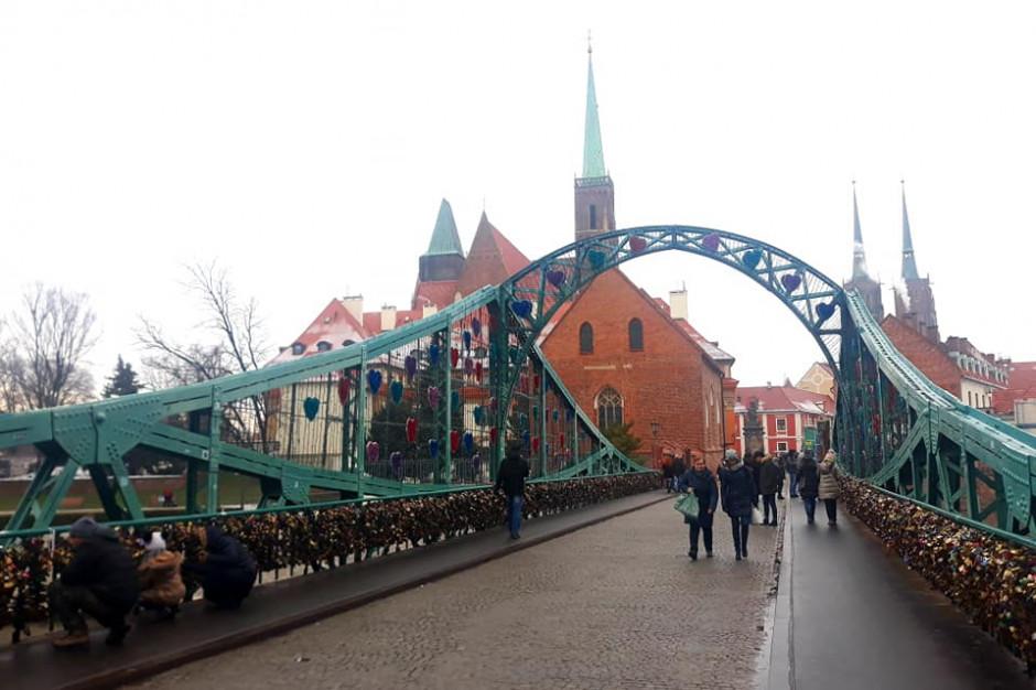 Wrocław: Ostrów Tumski po termomodernizacji. Ma być bardziej ekologicznie i ekonomicznie