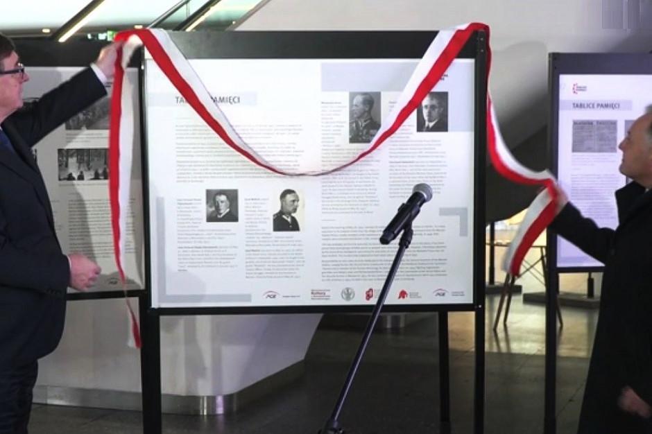 Warszawa: Na dworcu stanęła wystawa upamiętniająca ofiary niemieckiej okupacji