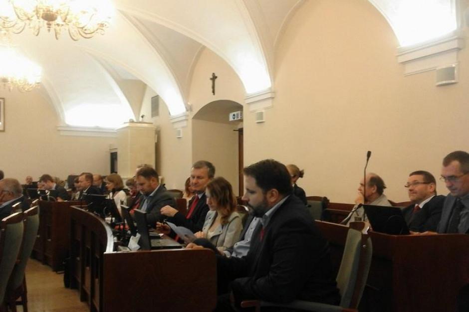 Apelują do radnych o odrzucenie Europejskiej karty równości