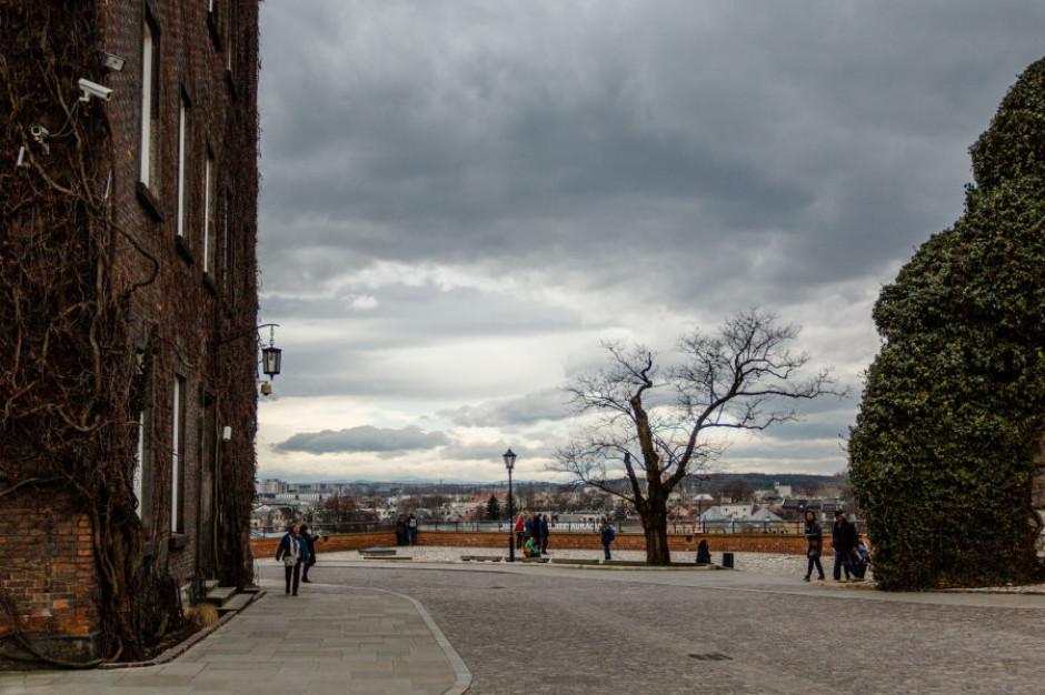 Kraków: Problemy komunikacyjne z powodu pogody