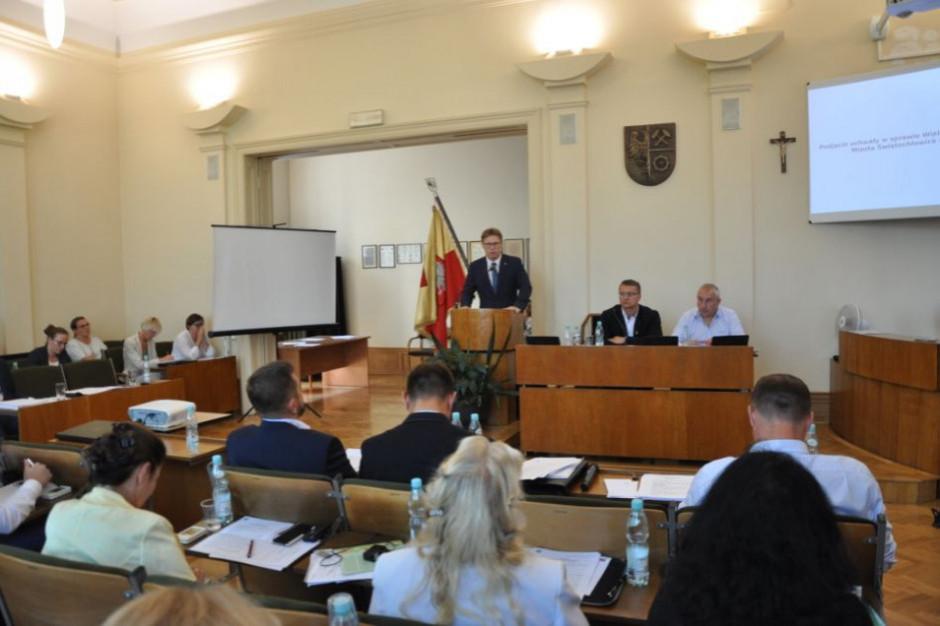 Referendum w Świętochłowicach. Daniel Beger z poparciem dziewięciu prezydentów i szefa Metropolii