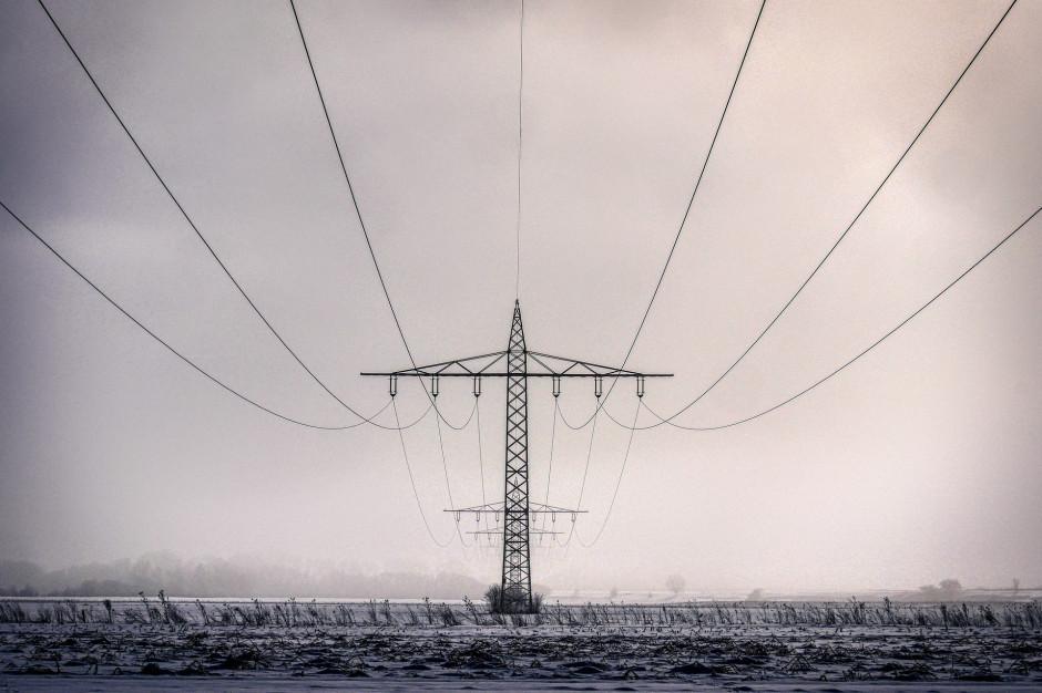 Wichury w Polsce: Ponad 6,6 tys. osób bez prądu