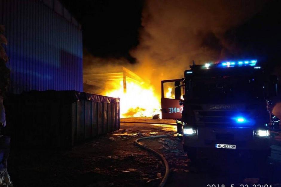 Sortownia płonęła czternaście razy. Minister wydał zakaz, czy skuteczny?