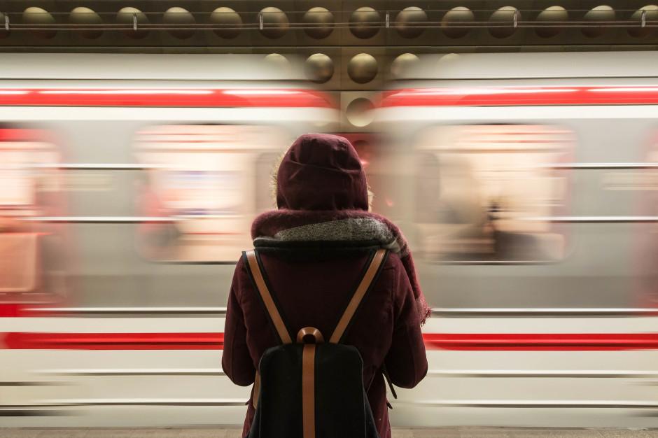 UTK: Podróżni skarżą się na higienę i komfort w pociągach