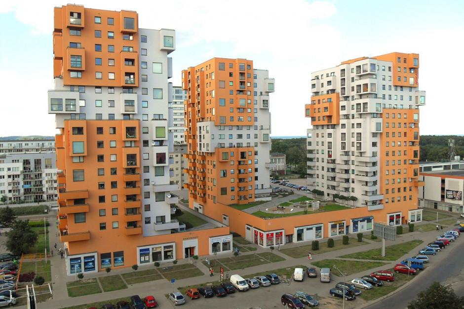 Gdzie buduje się najwięcej mieszkań, a gdzie najmniej? Wysoka pozycja powiatów wokół metropolii