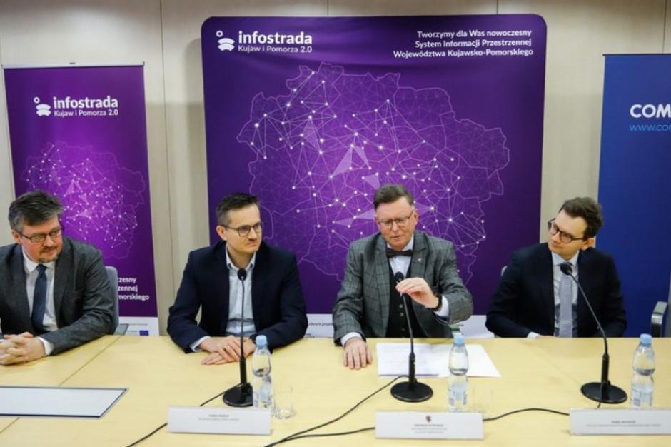 Infostrada 2.0: mapy, certyfikaty, zezwolenia i szacunki nieruchomości przez internet