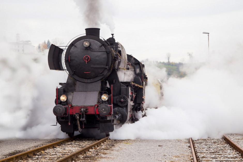 Przez rozbite szynobusy Koleje Wielkopolskie wprowadzają dodatkowe pociągi z parowozami