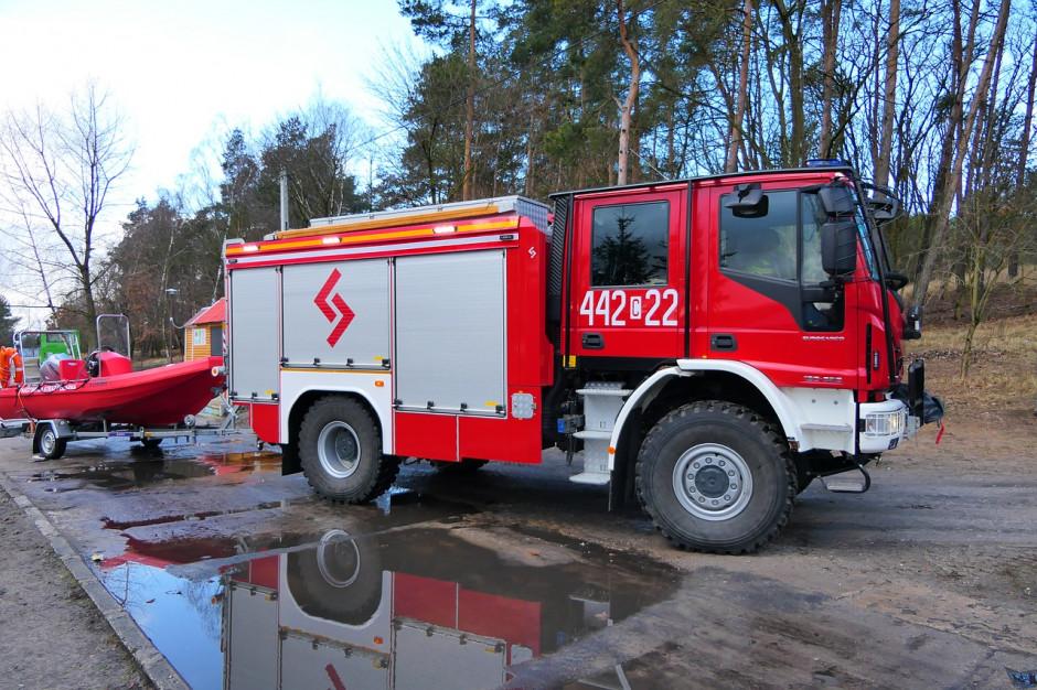 Po wichurach ponad 300 interwencji strażaków