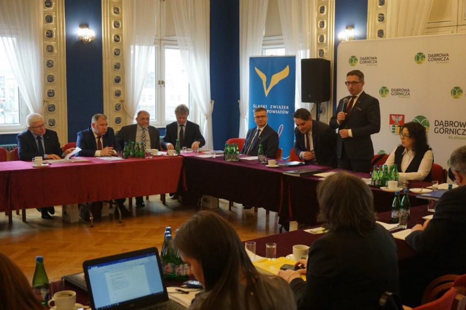 Śląski Związek Gmin i Powiatów skarży się parlamentarzystom na finanse samorządów